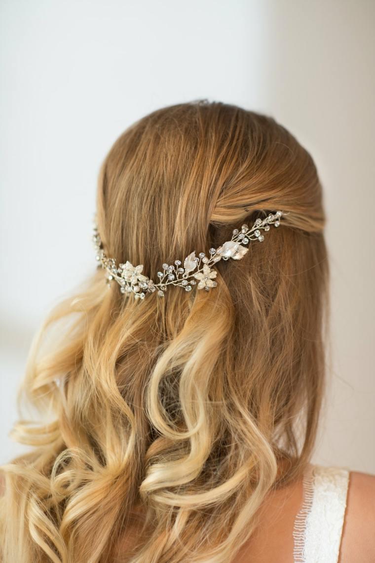 Flower Girl Hairdos For Weddings