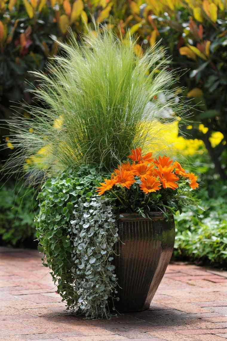 Grand pot de fleurs  slection spciale de plus de 50 modles