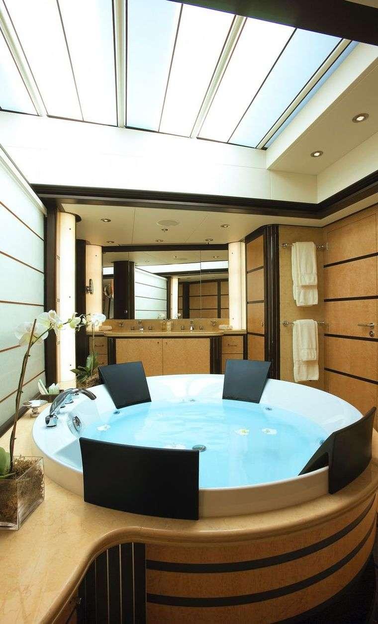 Intrieur yacht de luxe en photos  inspirations dco glamour pour surfaces limites