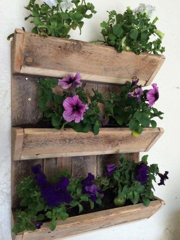bois vieilli pour une deco jardin pas cher
