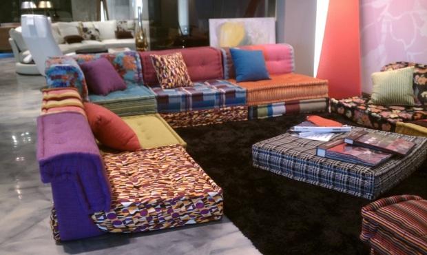 Sofa modulaire par Roche Bobois le look bohme par excellence