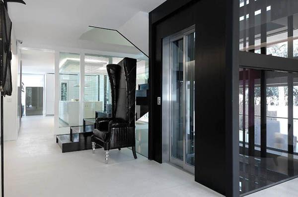 Maison design  Madrid qui devient chalet moderne