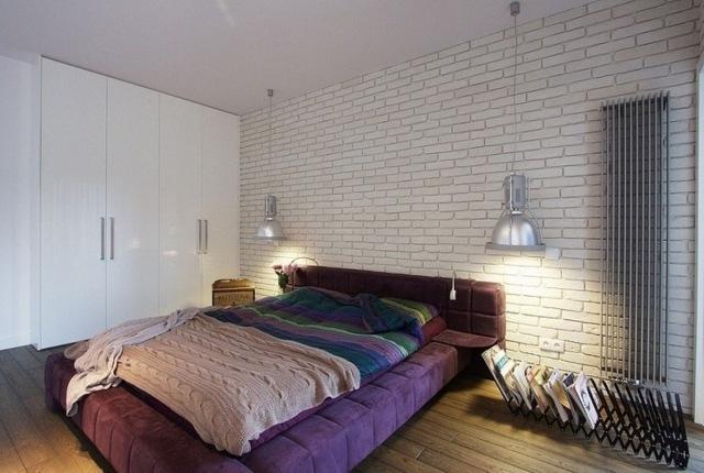 Papier peint imitation brique dans la chambre  coucher