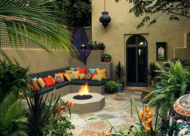 Le patio de dcoration marocaine rafraichira votre jardin