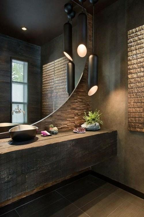 La salle de bain et le style chalet rustique