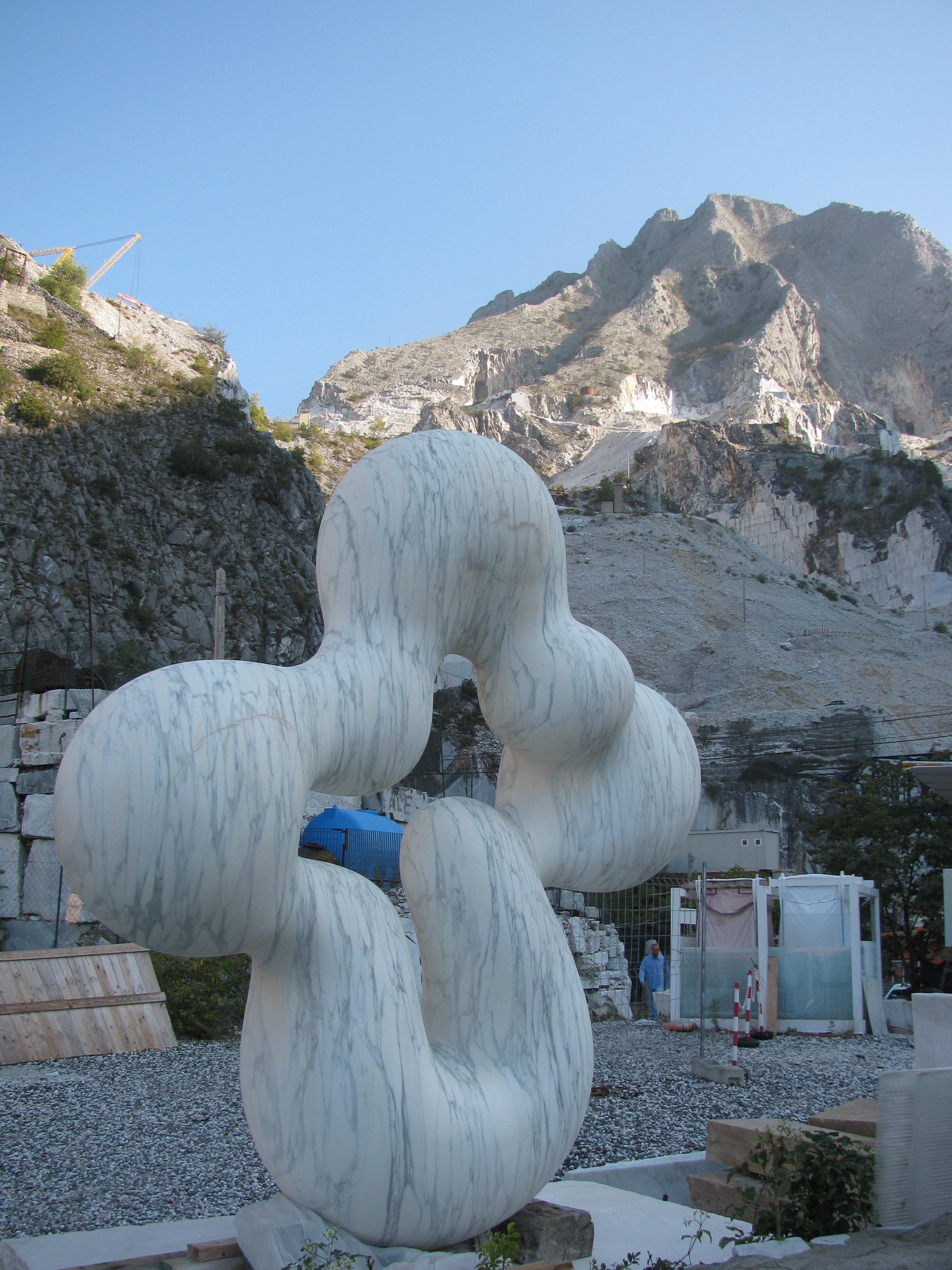Marble Sculpture Fantiscritti quarry