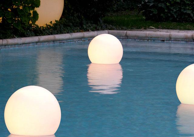 Outdoor Pool Lighting Ideas