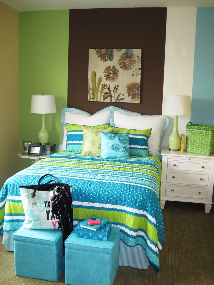 Miami Condo Decorating Ideas Bedroom Contemporary With Brown Bedding Table Lamps Ceiling Platforms