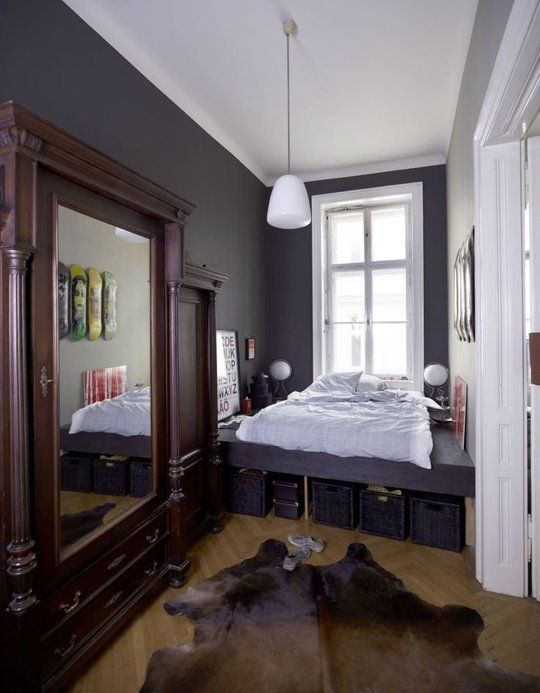 Ideas To Steal From The Narrowest Of Bedrooms Long Bedroom Ideas Small Space Bedroom Narrow Bedroom