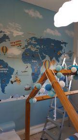 papel de parede mapa-mundi Infantil detalhe da aplicação