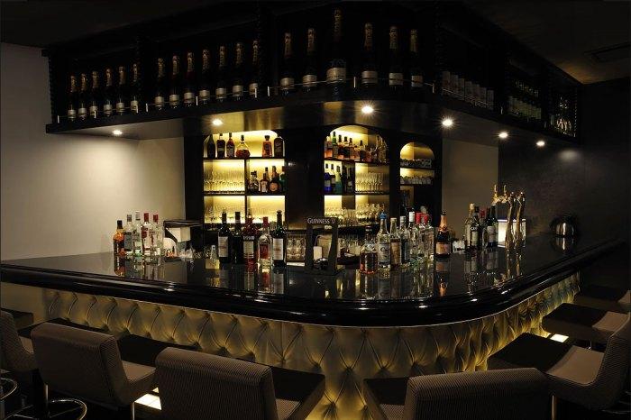 barの照明デザイン事例