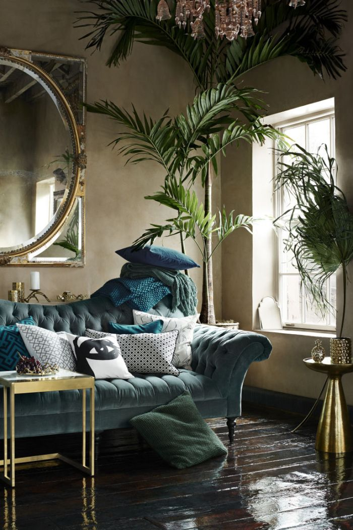 A Round-Up of My Favorite Velvet Interiors That Will Inspire You
