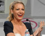sexy blake lively hairstyles