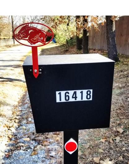 arkansas razorback mail box flag