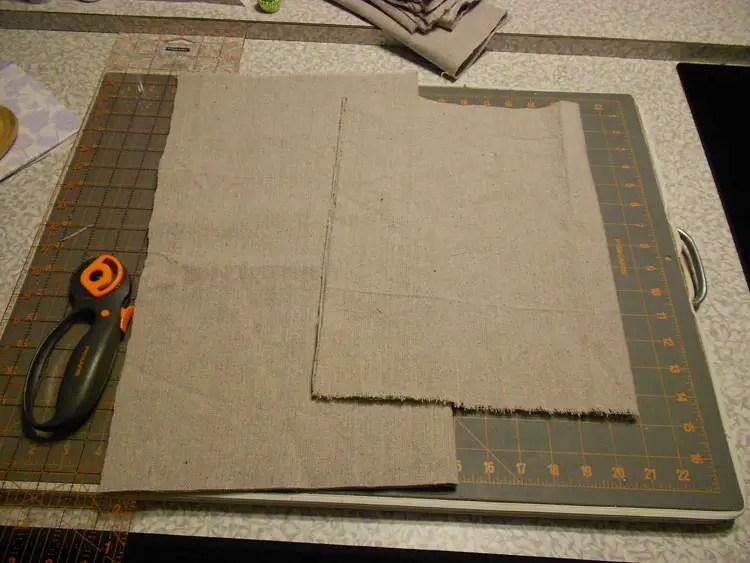 Make Canvas Pillow Covers DSCN0096