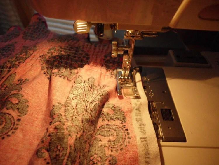 How to Use Elastic Thread to Make Smocked Fabric SANY0779