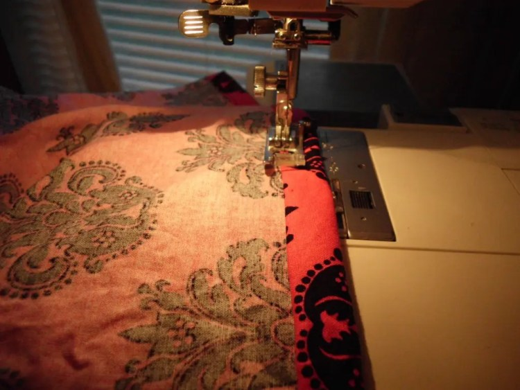 How to Use Elastic Thread to Make Smocked Fabric SANY0780