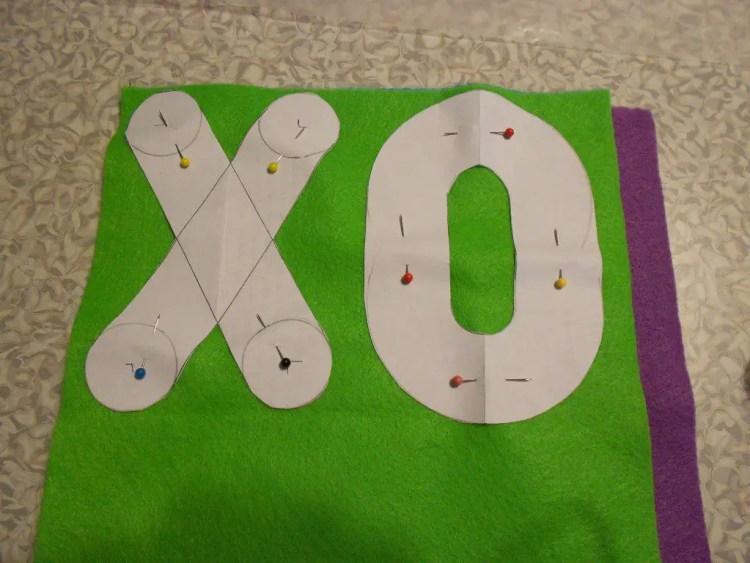 XOXOXO Pillow DSCN0506