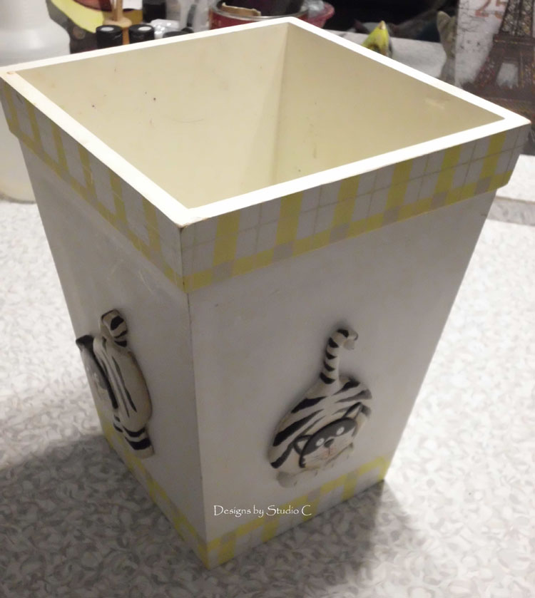 How to Give an Old Wastebasket a Makeover SANY1089