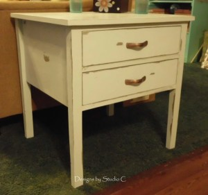 How to Make and Use Chalk Paint 8