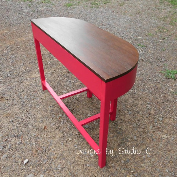 the demilune table SANY2466