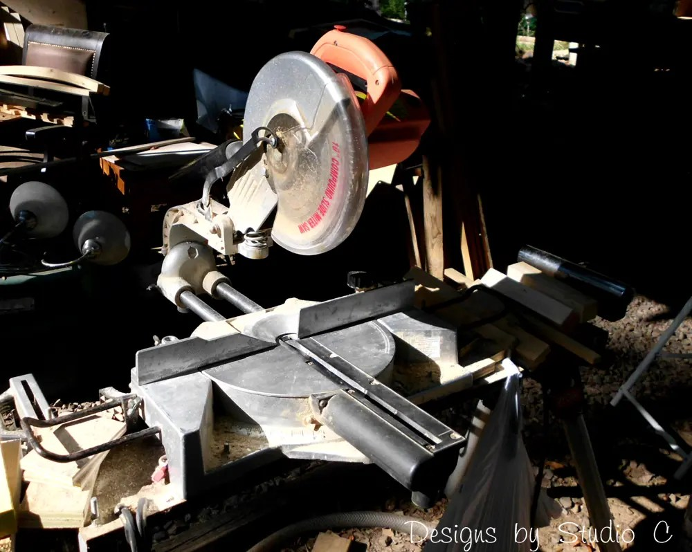 how to change the blade on a skilsaw