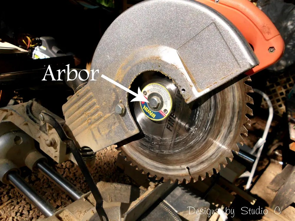 How to change the blade on a miter saw change blade saw sany2562 greentooth Image collections