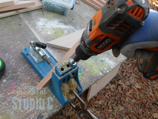 how to drill pocket holes in mitered corners SANY2853