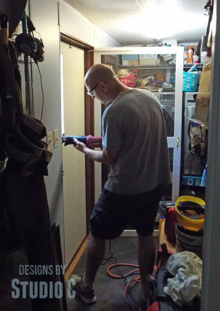 Install a Glass Panel in a Mobile Home Door_Matt Working