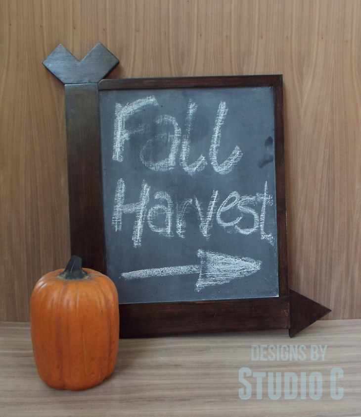 DIY Arrow Frame Chalkboard_Completed