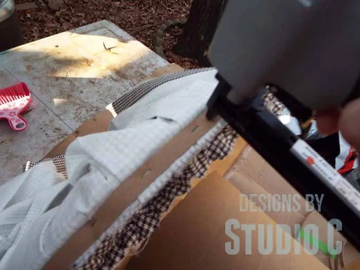 DIY Ottoman or Footstool Using an Old Wooden Spool_Securing Skirt