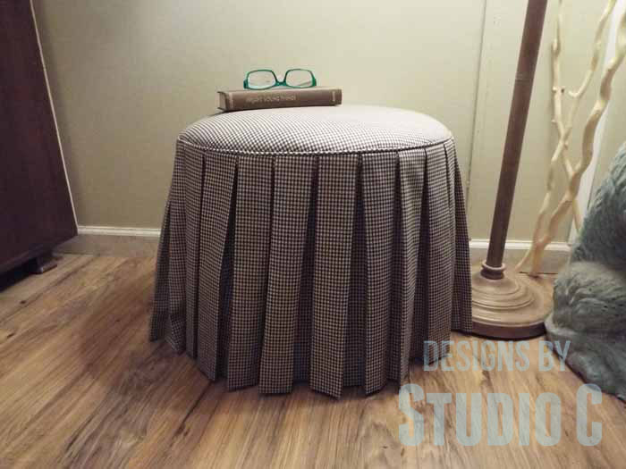 DIY Ottoman or Footstool Using an Old Wooden Spool_Completed Inside