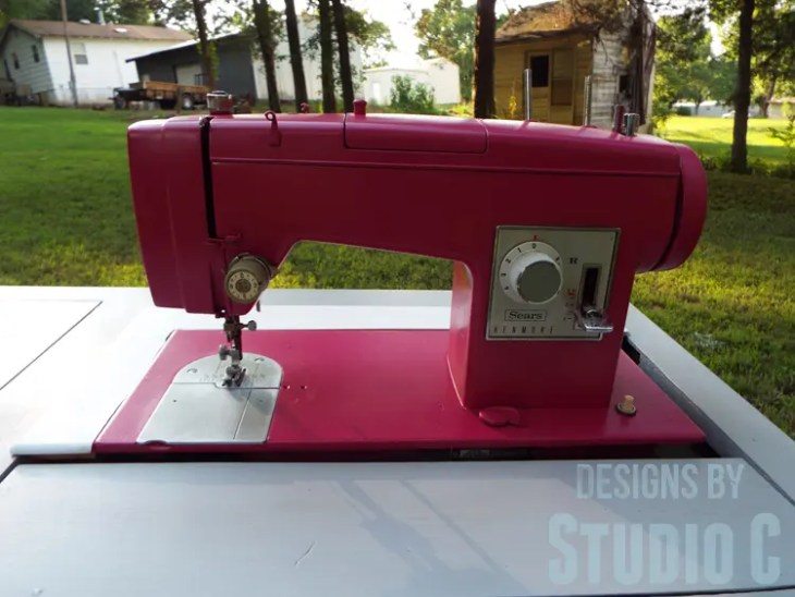 Painting an Old Metal Sewing Machine - Finished Front View
