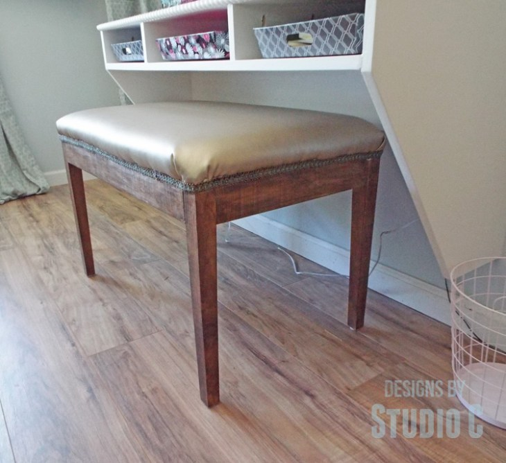DIY Furniture Plans to Build an Upholstered Bench with Tapered Legs - Completed