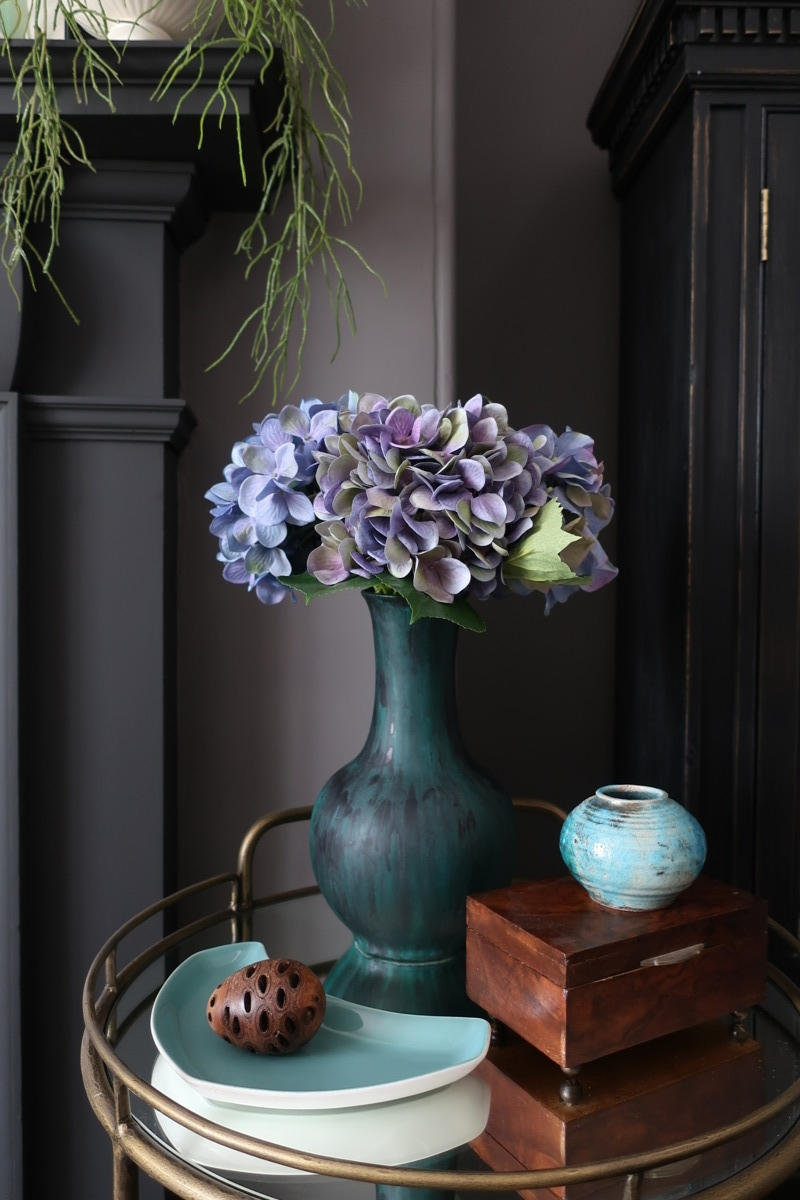 DIY Vase Makeover; Mid-Century Glaze Style.
