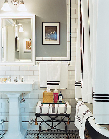 Chloe Sevigny bathroom thirties monochrome