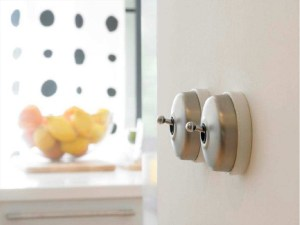 Dimbler ceramic dolly light switch