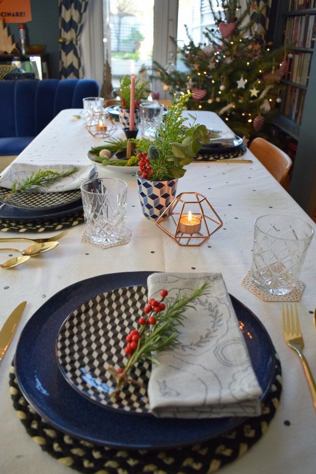 Winter dining christmas styling ideas and inspiration, simple nordic scandinavian design table setting