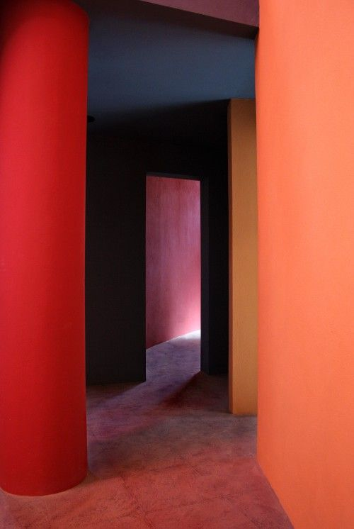 PINK inspiration in design and architecture, ideas for using pink interiors -ideas for using pink interiors bold colours and architecture