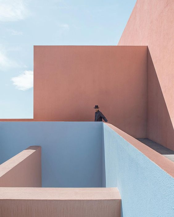 PINK inspiration in design and architecture, ideas for using pink interiors - instagram pink