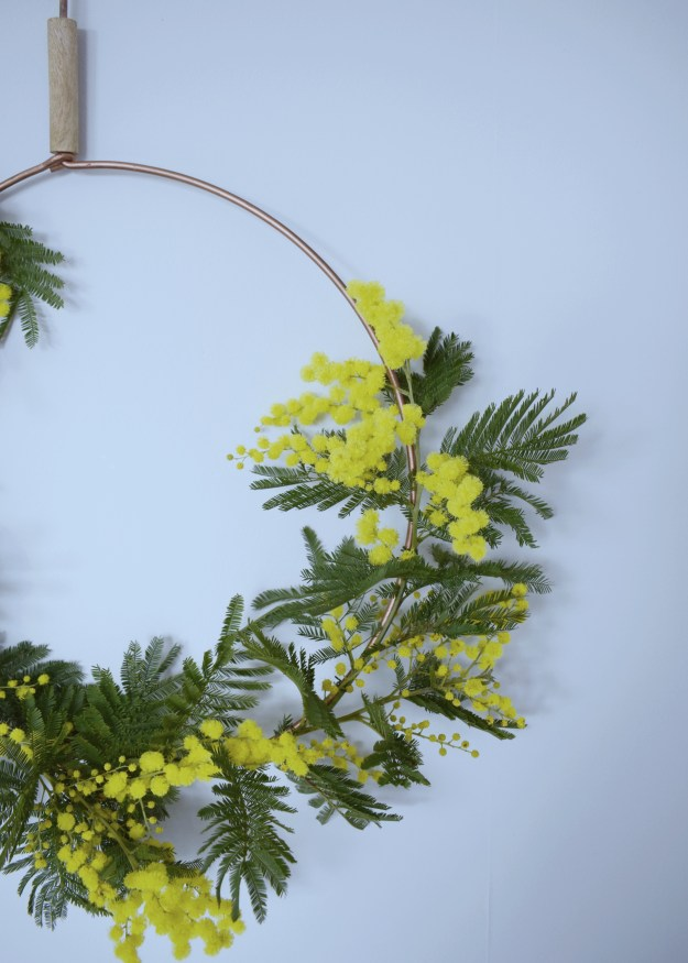 Spring easter craft how to make spring flower wreath scandinavian fragrant simple decoration mimosa close up