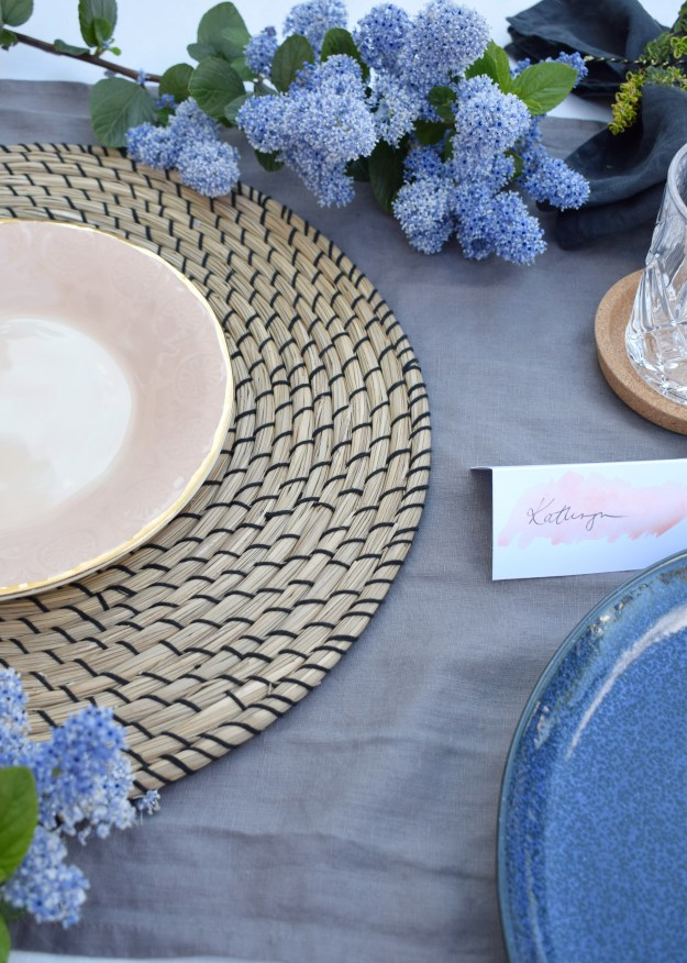 simple relaxed outdoor tablescape ideas, scandinavian linen botanical styling