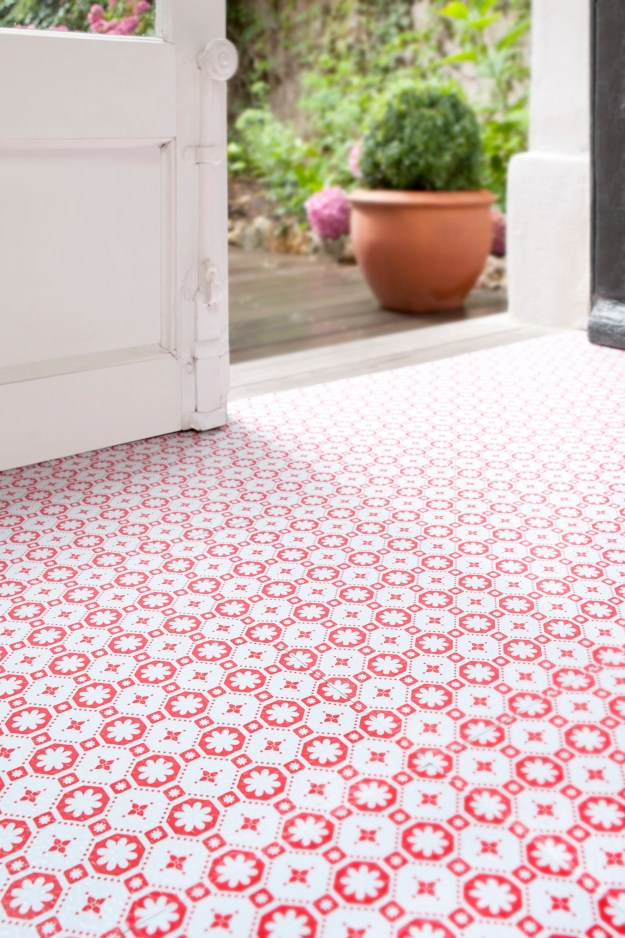 Rose-des-Vents-Red-Vinyl-Flooring Patterned Vinyl Flooring options, ideas and inspiration for interior decor