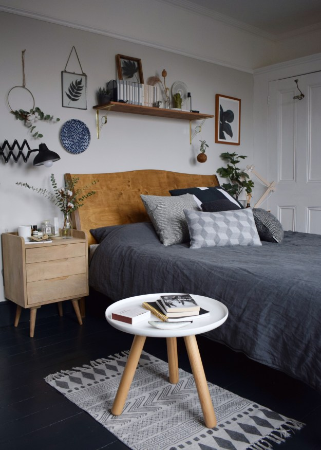 WARREN EVANS TEMPUR MATRESS TIPS FOR A GOOD NIGHTS SLEEP, Scandinavian Monochrome bedroom design ideas and inspiration (1)