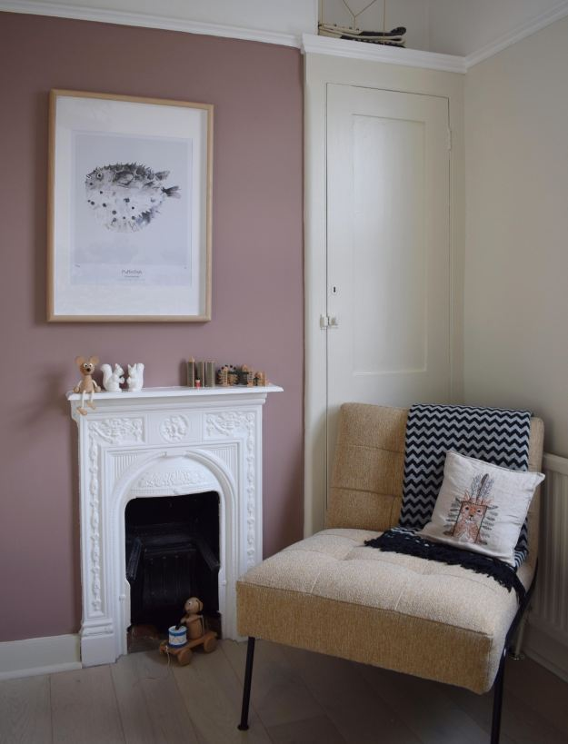Simple scandinavian childrens bedroom design with natural elements using the new Farrow & Ball paint colours 2018