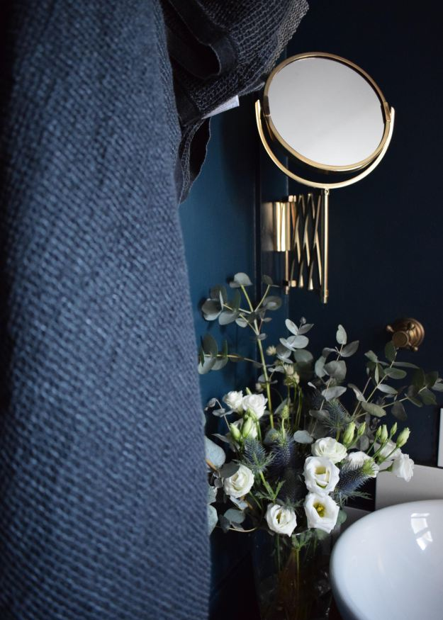 lapuan kankurit Finnish linen home textiles, brass vintage bohemian bathroom with Hague Blue Farrow Ball (8)
