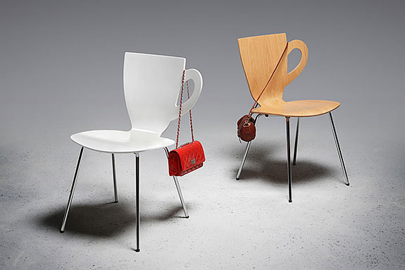 creative-chairs-cafe