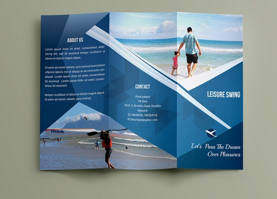 Free travelling Travel Brochure Template