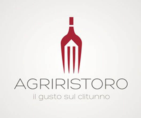 90 Creative Restaurant Logo Design Examples & Ideas