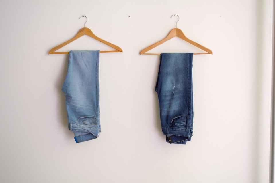 organizare dulap jeans